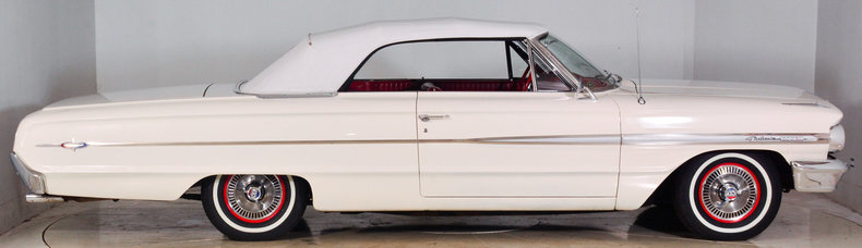 1964 Ford Galaxie 500XL Image 29