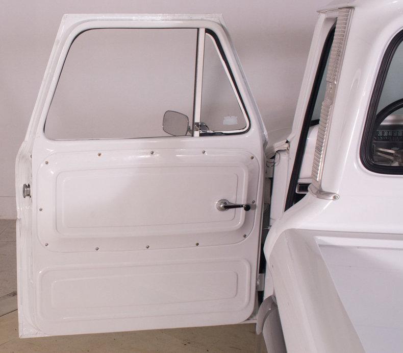 1966 Chevrolet C10 Image 26