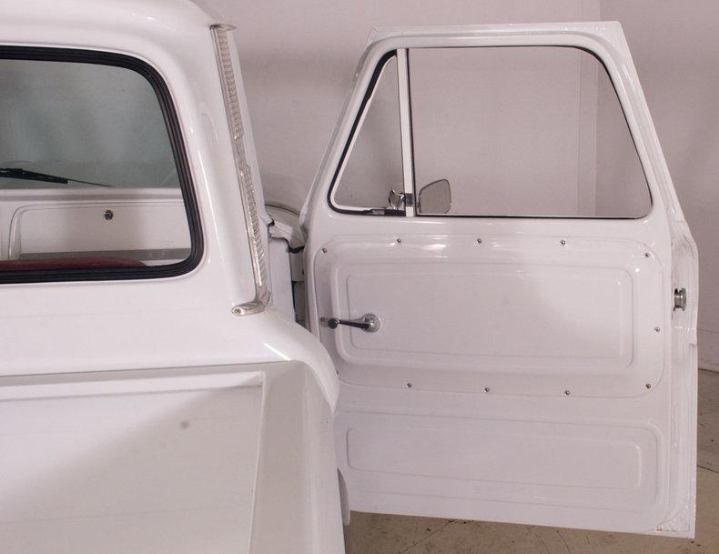 1966 Chevrolet C10 Image 28