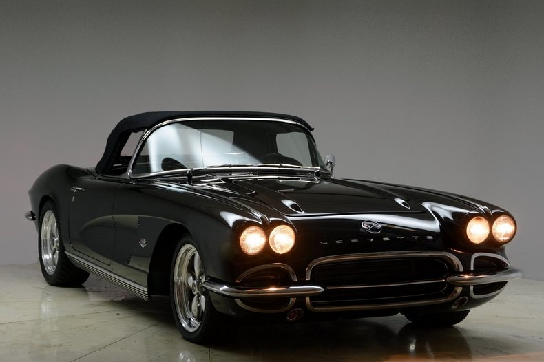 1962 Chevrolet Corvette Image 8
