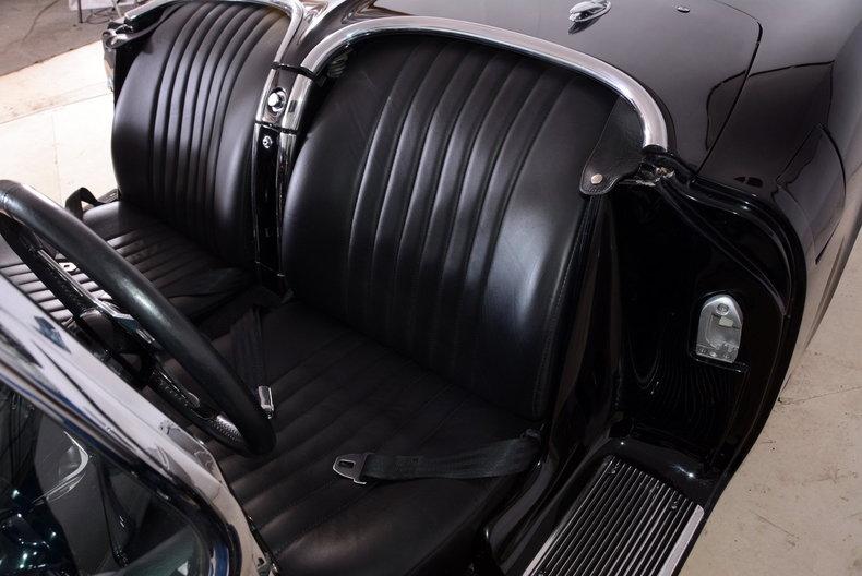1962 Chevrolet Corvette Image 10