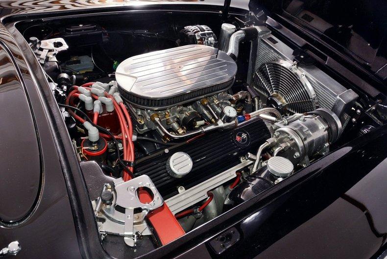 1962 Chevrolet Corvette Image 11