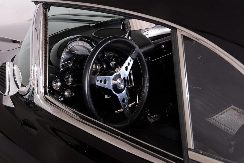1962 Chevrolet Corvette Image 12