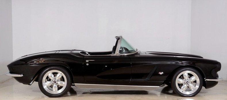 1962 Chevrolet Corvette Image 17