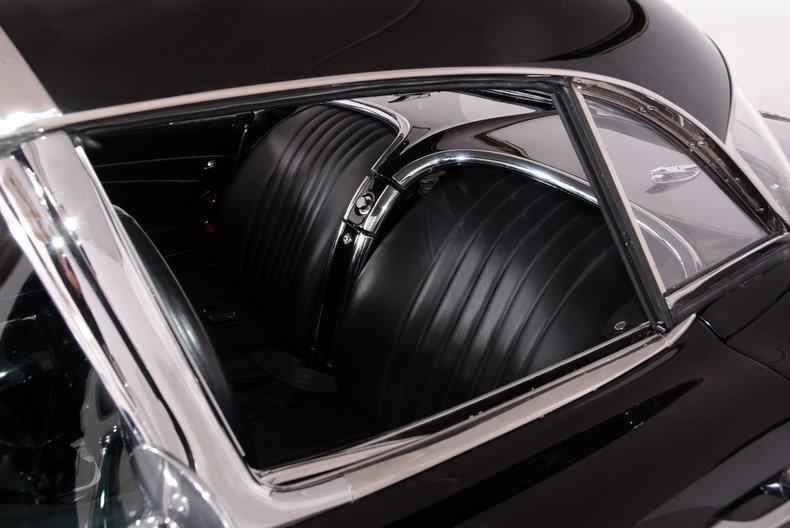 1962 Chevrolet Corvette Image 80