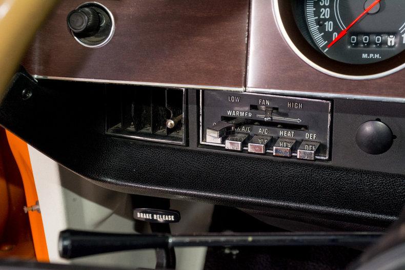 1970 Dodge Challenger Image 22