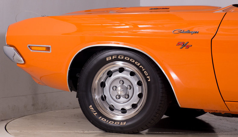 1970 Dodge Challenger Image 13