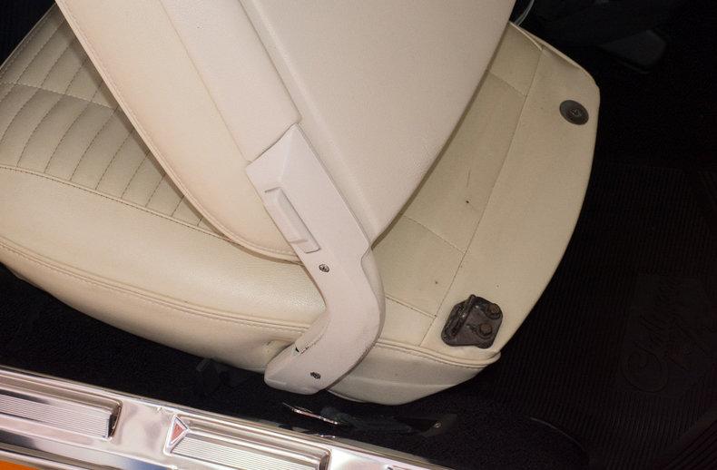 1970 Dodge Challenger Image 66