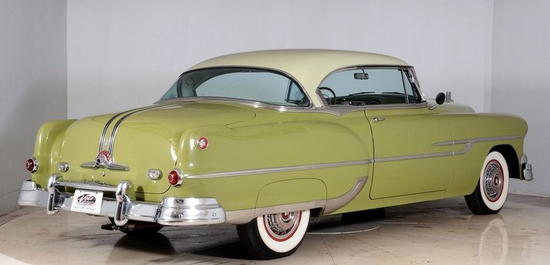 1953 Pontiac Chieftain Image 3