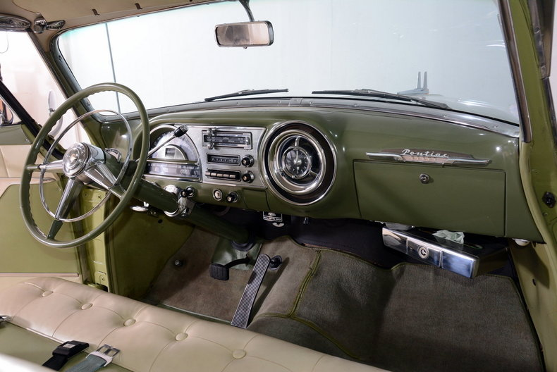 1953 Pontiac Chieftain Image 12