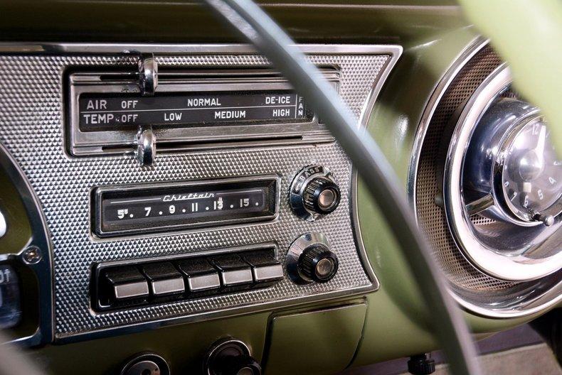1953 Pontiac Chieftain Image 32