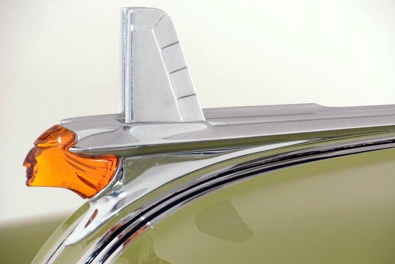 1953 Pontiac Chieftain Image 29