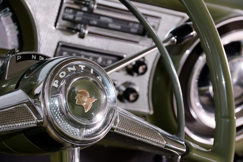 1953 Pontiac Chieftain Image 35