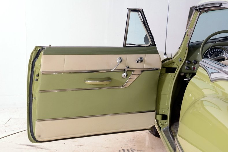 1953 Pontiac Chieftain Image 42