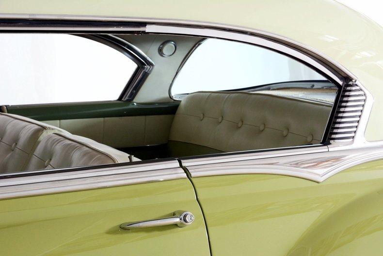 1953 Pontiac Chieftain Image 40