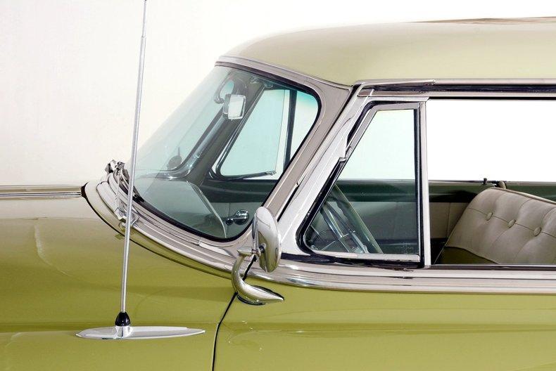 1953 Pontiac Chieftain Image 53