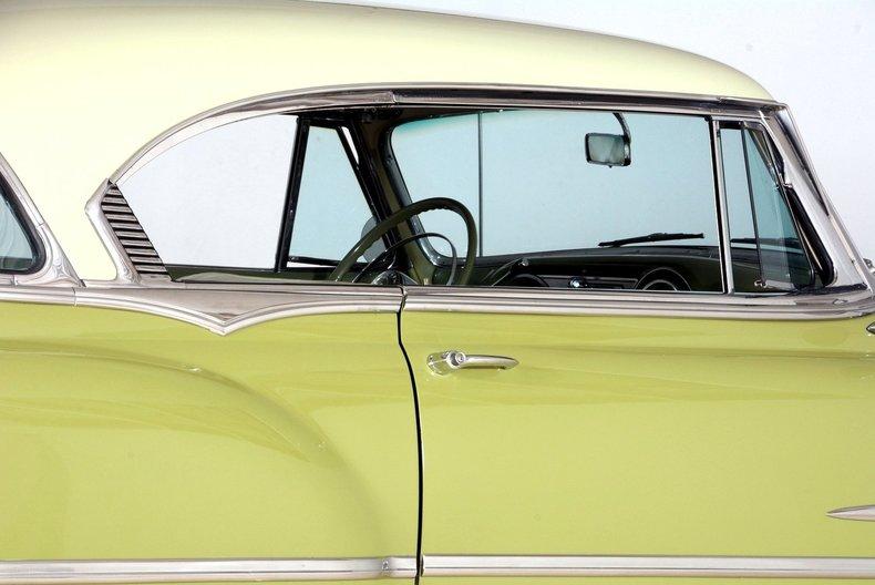 1953 Pontiac Chieftain Image 51