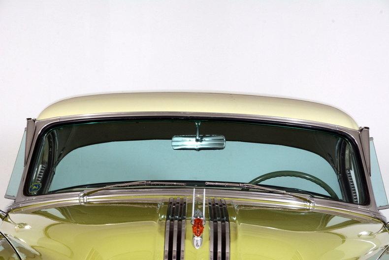 1953 Pontiac Chieftain Image 65