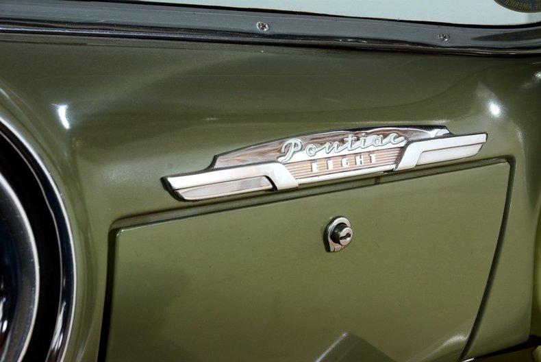 1953 Pontiac Chieftain Image 74