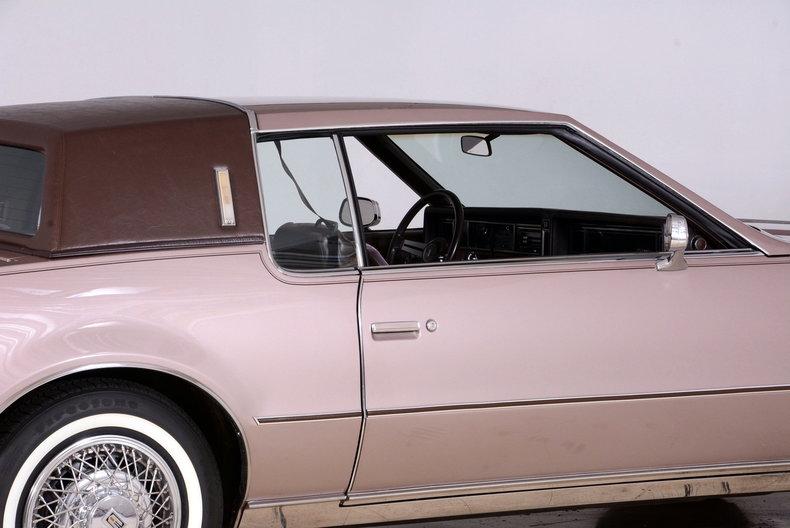 1983 Oldsmobile Toronado Image 9