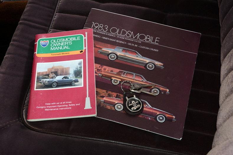 1983 Oldsmobile Toronado Image 12