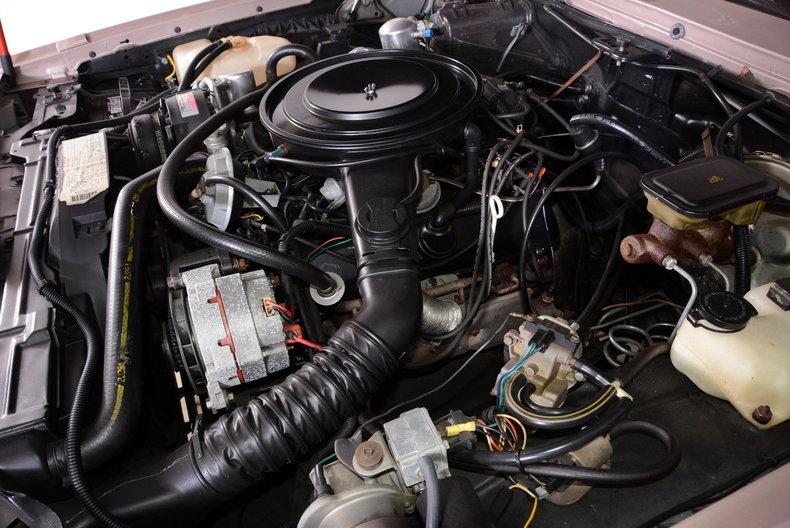 1983 Oldsmobile Toronado Image 13