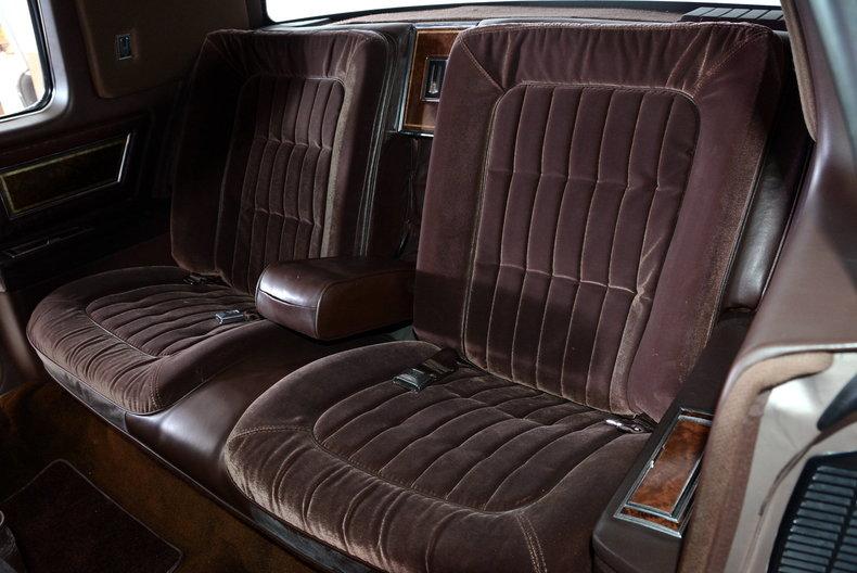 1983 Oldsmobile Toronado Image 14