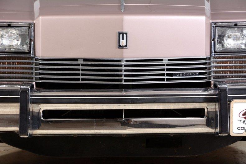 1983 Oldsmobile Toronado Image 16