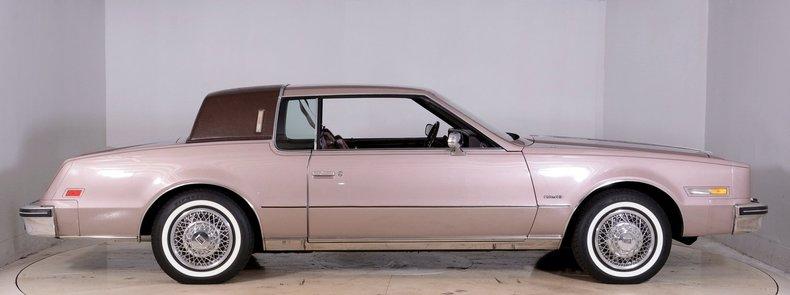 1983 Oldsmobile Toronado Image 17