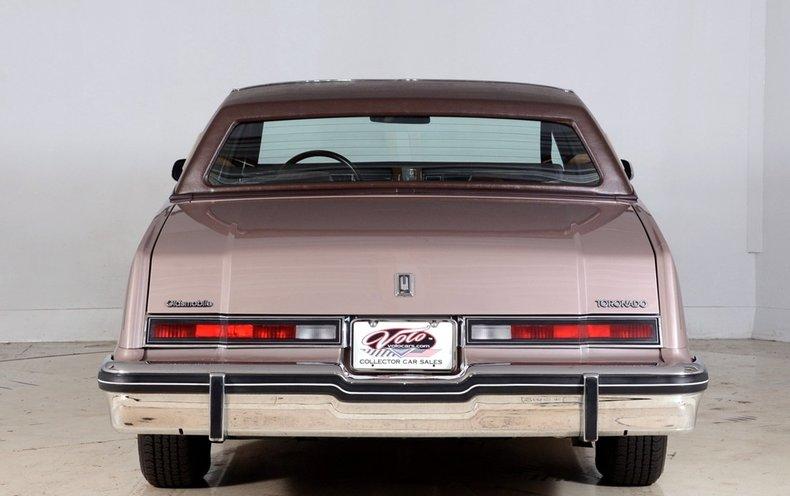 1983 Oldsmobile Toronado Image 25