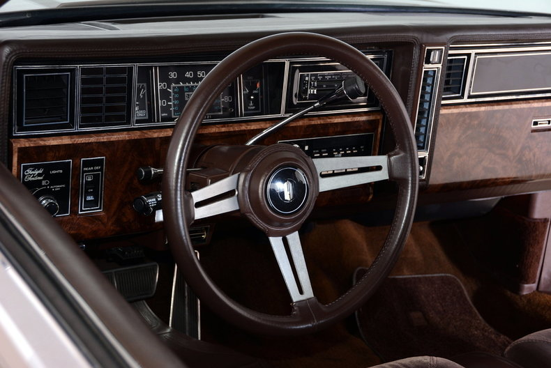 1983 Oldsmobile Toronado Image 61