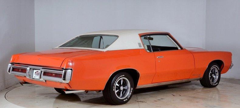 1969 Pontiac Grand Prix Image 3