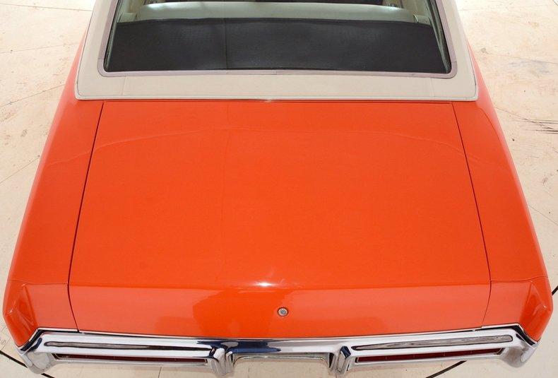 1969 Pontiac Grand Prix Image 13