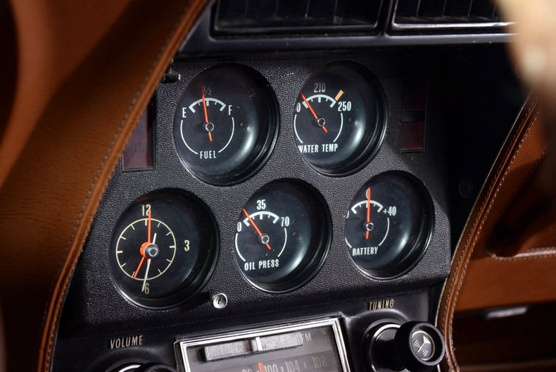 1973 Chevrolet Corvette Image 10