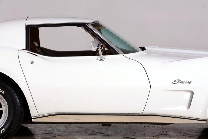 1973 Chevrolet Corvette Image 11