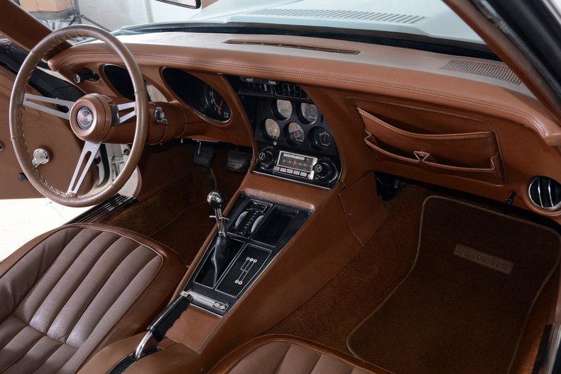 1973 Chevrolet Corvette Image 14