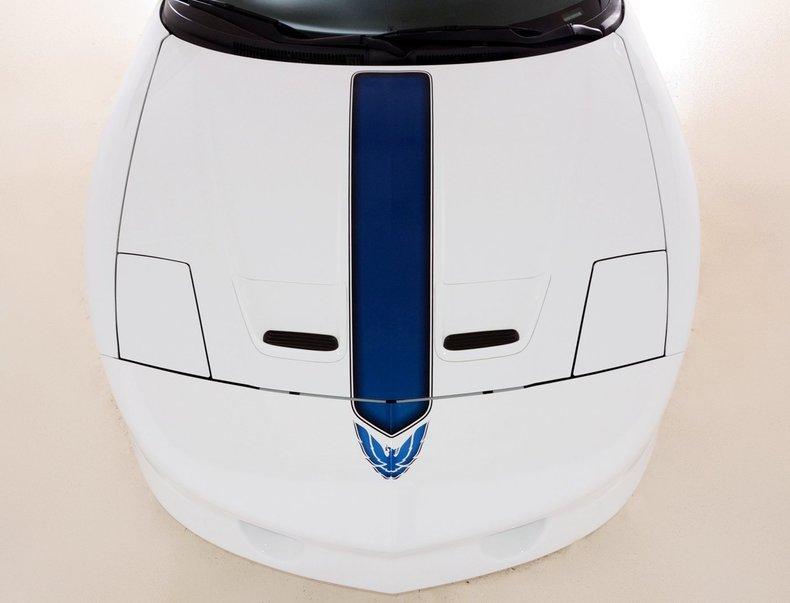 1994 Pontiac Trans Am Image 9