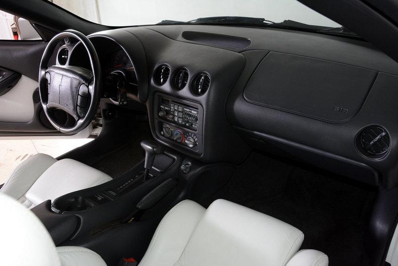 1994 Pontiac Trans Am Image 12