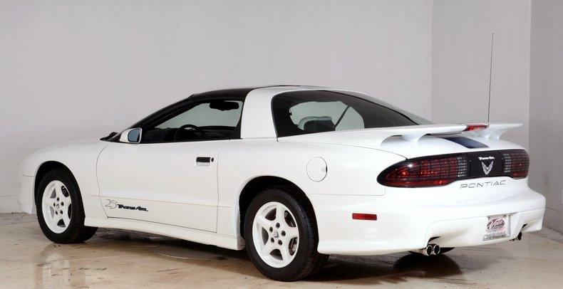 1994 Pontiac Trans Am Image 33