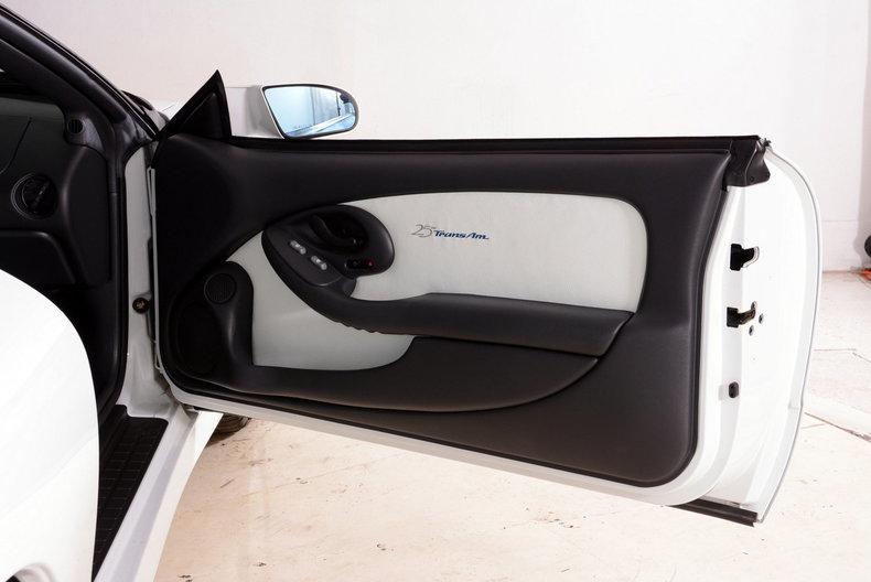 1994 Pontiac Trans Am Image 34
