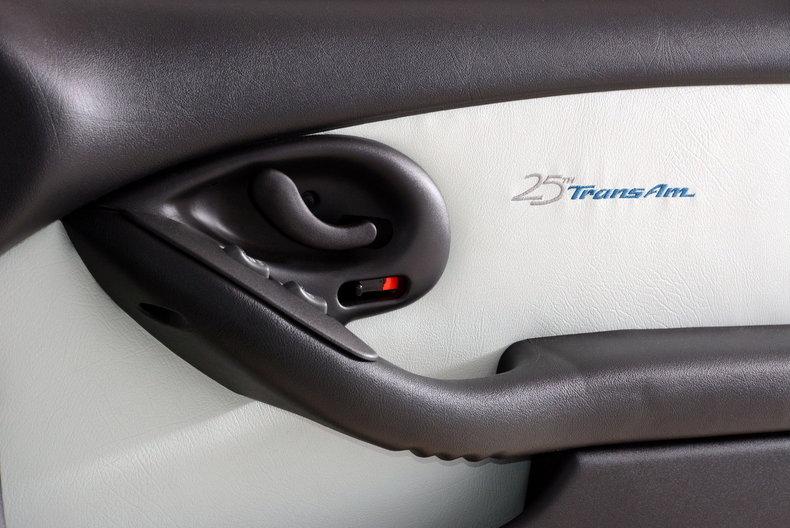 1994 Pontiac Trans Am Image 36