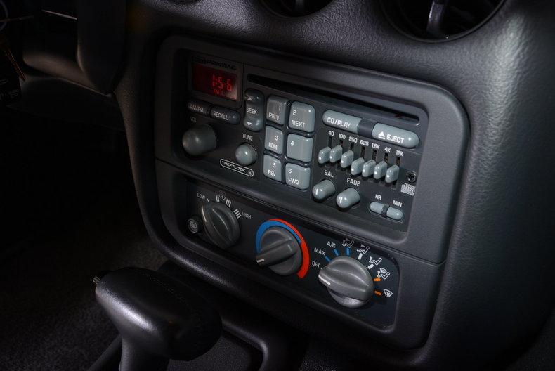 1994 Pontiac Trans Am Image 37