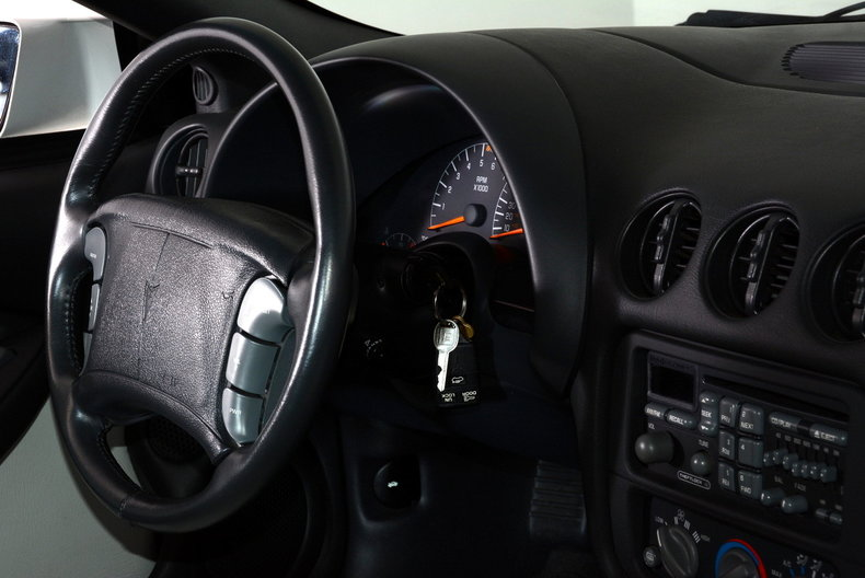 1994 Pontiac Trans Am Image 61