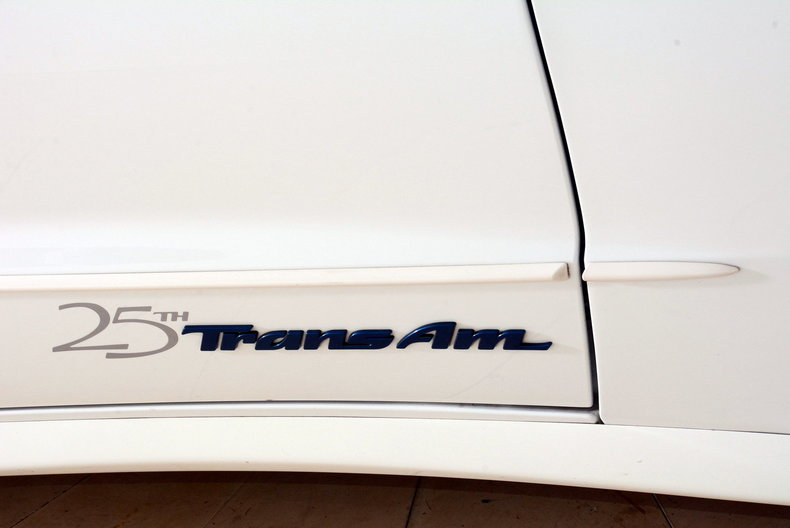 1994 Pontiac Trans Am Image 80