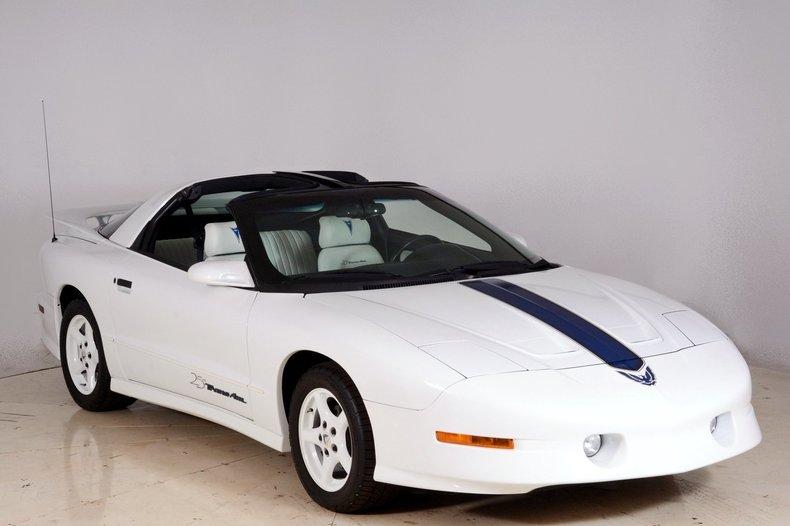 1994 Pontiac Trans Am Image 90