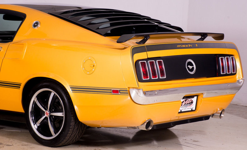 2014 Ford Mustang Image 30