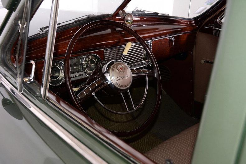 1950 Packard Deluxe Image 2