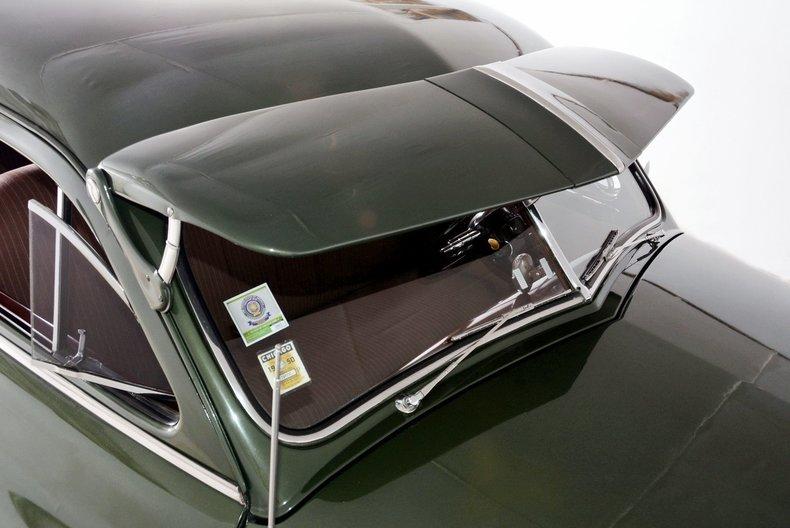 1950 Packard Deluxe Image 28