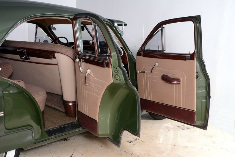 1950 Packard Deluxe Image 45