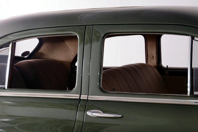 1950 Packard Deluxe Image 73